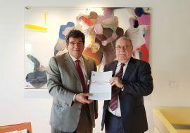 La AIReF entrega al consejero de Economía, Hacienda y Empleo de Cantabria el Estudio sobre empresas y fundaciones públicas del Gobierno cántabro