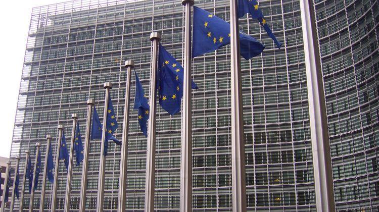 Varias banderas de la Unión Europea en Bruselas.