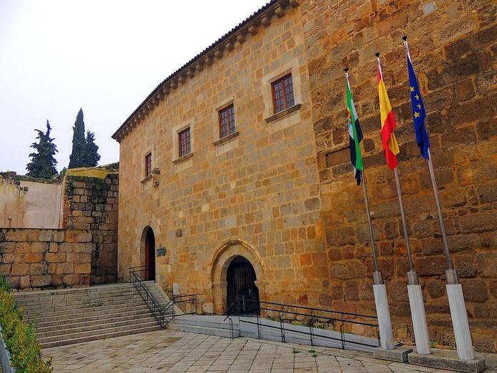 Conventual Santiaguista, sede de la Presidencia de Extremadura.