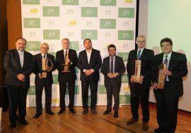 José Luis Escrivá recoge el premio a la Excelencia en Comunicación Financiera otorgado a la AIReF por el Instituto de Estudios Financieros