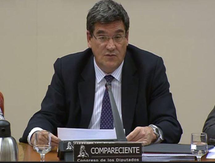 José Luis Escrivá, presidente de la AIReF, en el Congreso