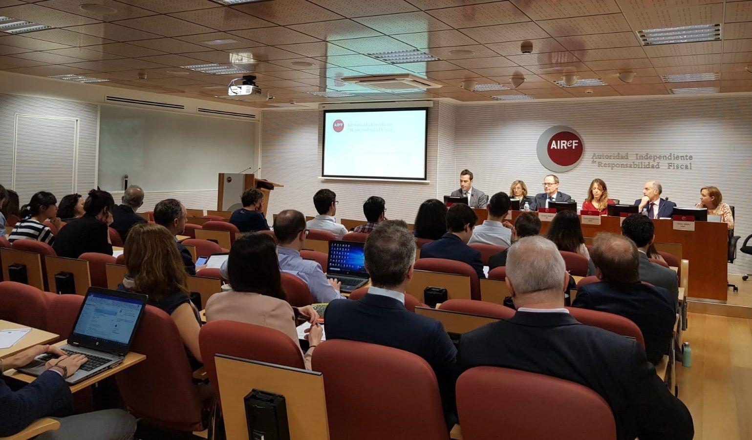 Seminario celebrado en AIReF el pasado mes de abril