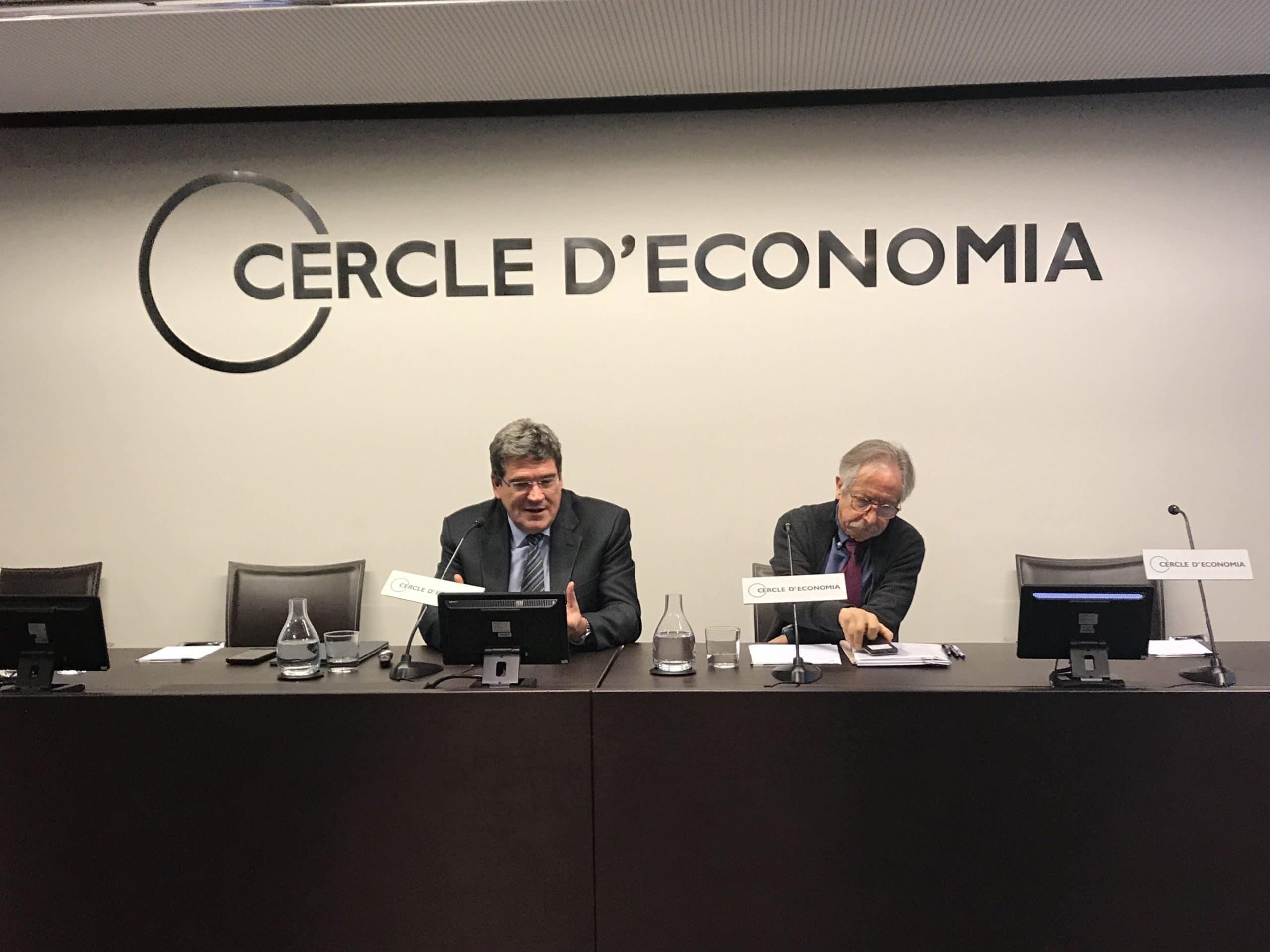 José Luis Escrivá, presidente de la AIReF, en una conferencia en Barcelona