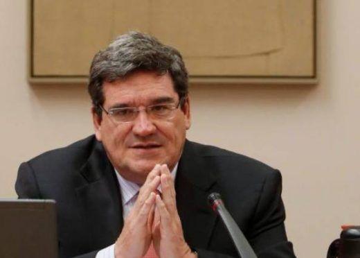José Luis Escrivá imparte una conferencia en el CES de Aragón sobre el reto demográfico que debe afrontar España