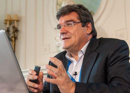 José Luis Escrivá:  La convergencia al objetivo de deuda del 60% exigiría un esfuerzo fiscal importante y reformas que mitiguen el impacto del envejecimiento