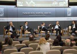 José Luis Escrivá participa en una mesa redonda sobre el futuro de Europa