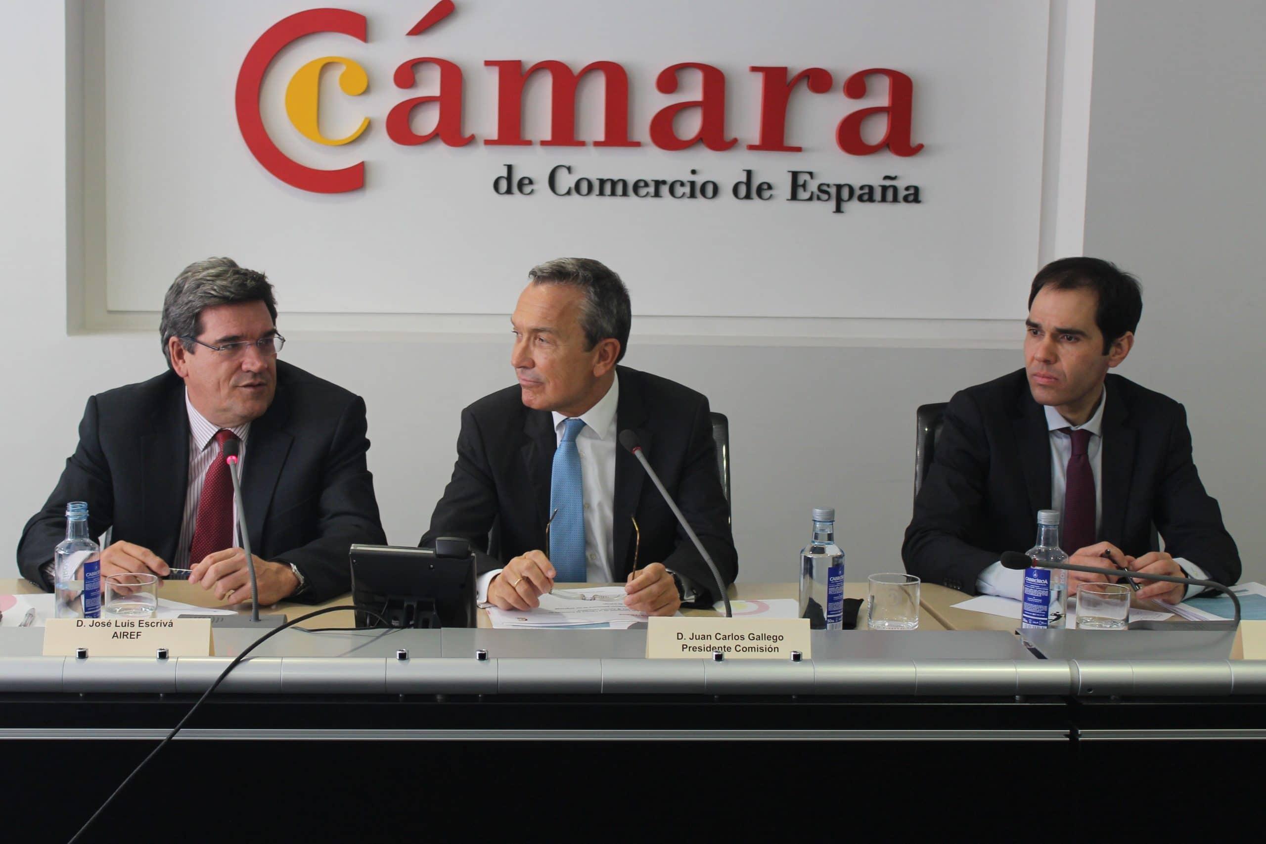 José Luis Escrivá, presidente de la AIReF, y Juan Carlos Gallego