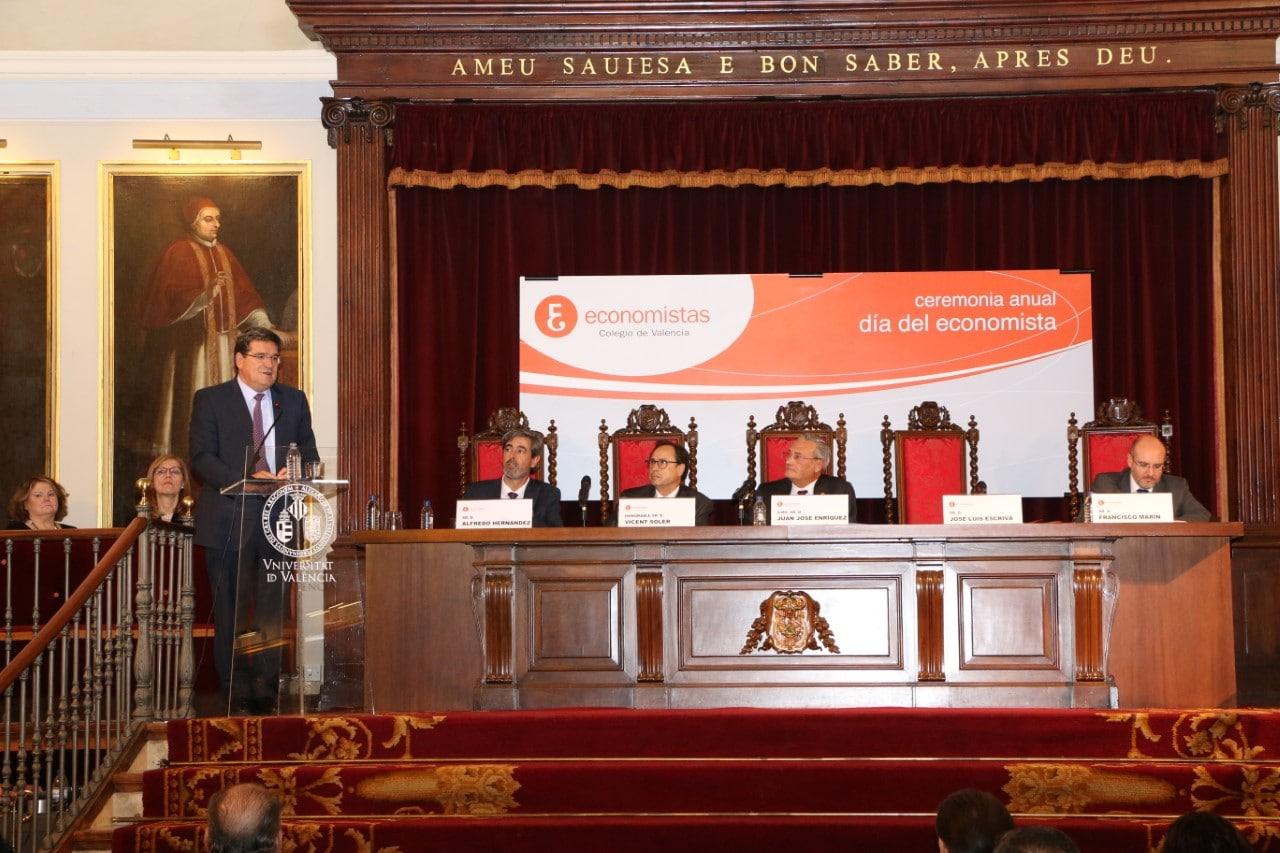 José Luis Escrivá en el Colegio de Economistas de Valencia