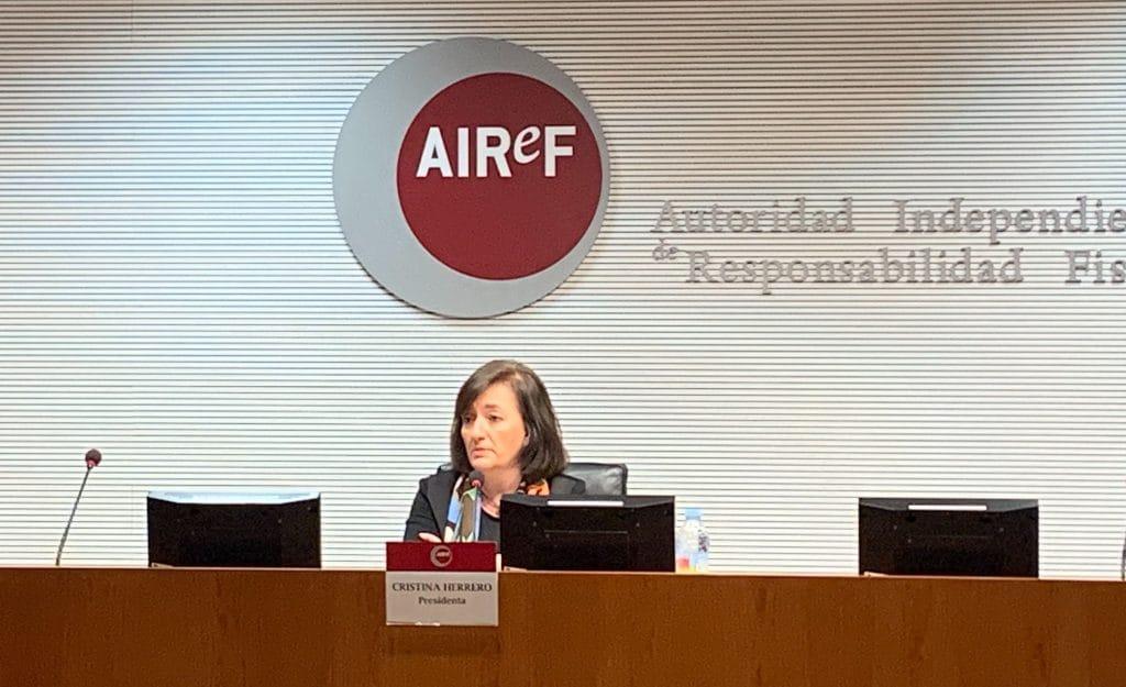 Cristina-Herrero-presenta-informe-APE-