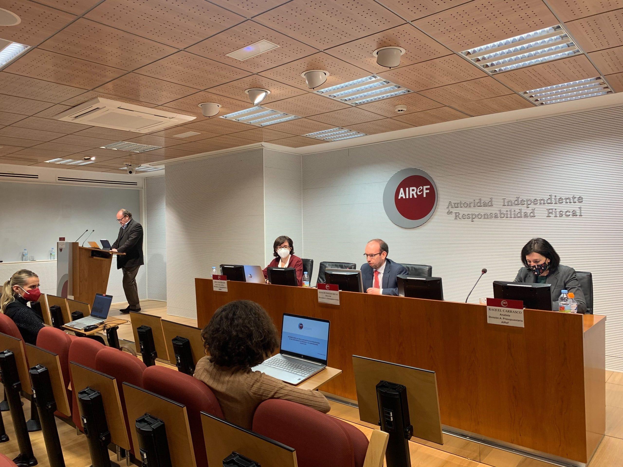 Briefing presentación del Informe CCAA y EELL