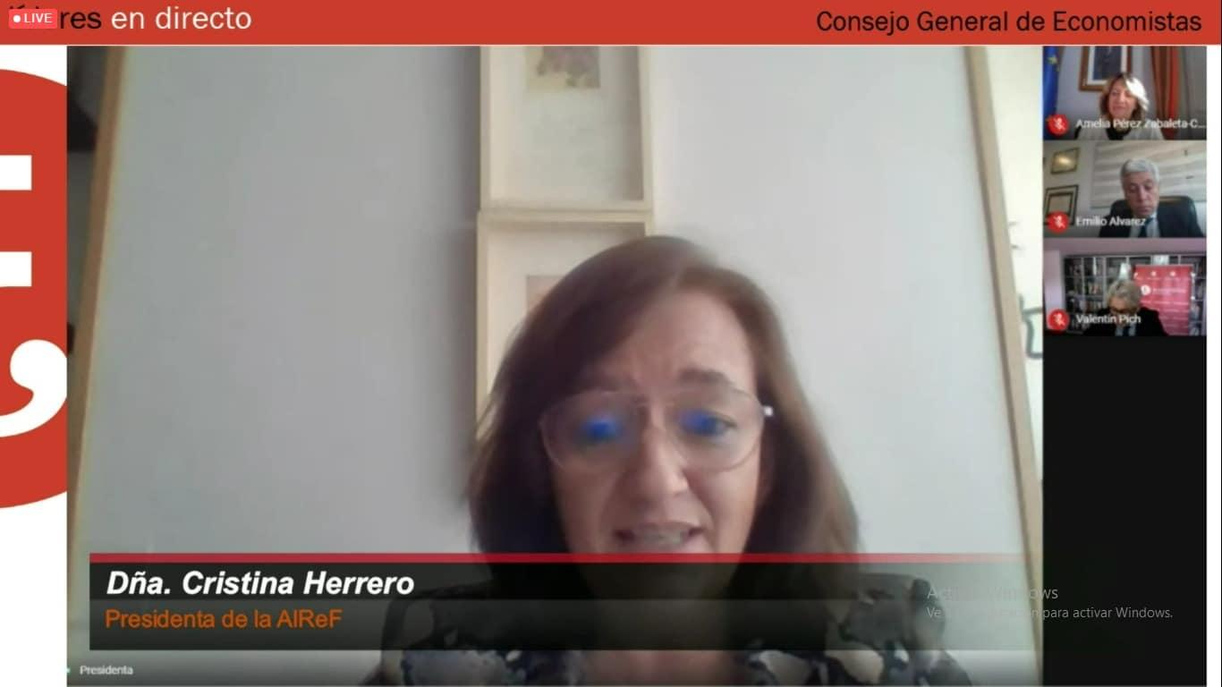 Cristina Herrero en Líderes en Directo, del Consejo General de Economistas 2