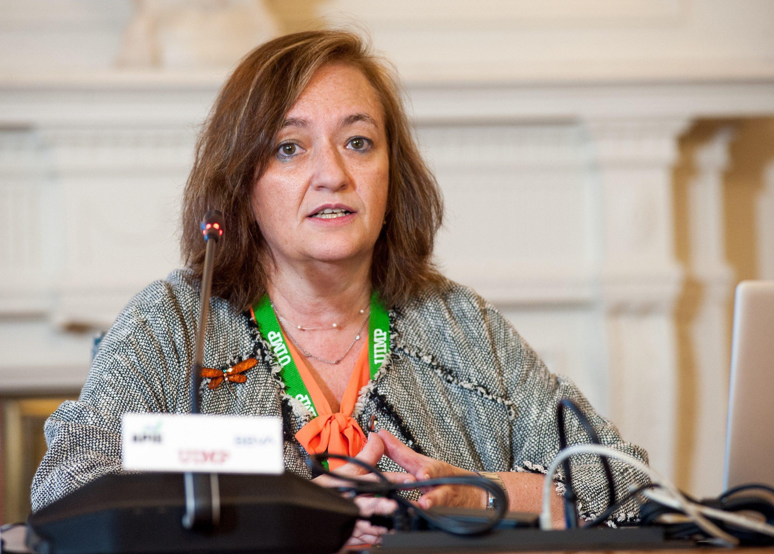 La presidenta de la AIReF, Cristina Herrero, en la UIMP